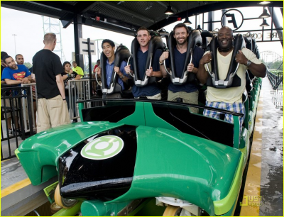 Green Lantern Roller Coaster - Six Flags
